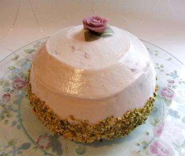 rosecake.jpg