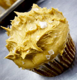 carrot_caramel_cupcake_ptc.jpg